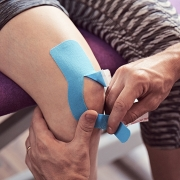 Kinesio taping on knee