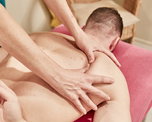 Massage - Benefits of massage during ski season